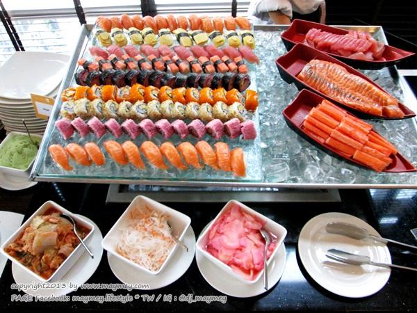 อาหารญี่ปุ่น แกรนด์ ซันเดย์ บรั้นช์ ที่ เดอะสแควร์ โรงแรมโนโวเทล กรุงเทพ เพลินจิต สุขุมวิท