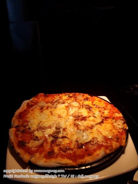Pizza แกรนด์ ซันเดย์ บรั้นช์ ที่ เดอะสแควร์ โรงแรมโนโวเทล กรุงเทพ เพลินจิต สุขุมวิท