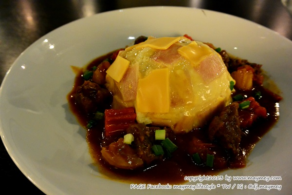 ข้าวไข่ข้นแฮมชีส สตูว์เนื้อ My Cafe' Thai Music Gallery