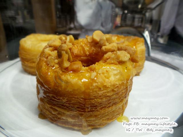 The Ring ซิกเนเจอร์ของร้าน Vanilla Bake shop