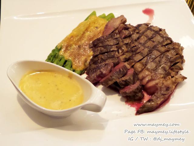 Tajima Wagyu rib-eye steak grilled asparagus summer truffle Béarnaise