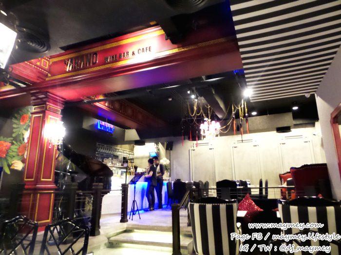 ภายในร้าน Varano wine bar & cafe The UP Rama 3