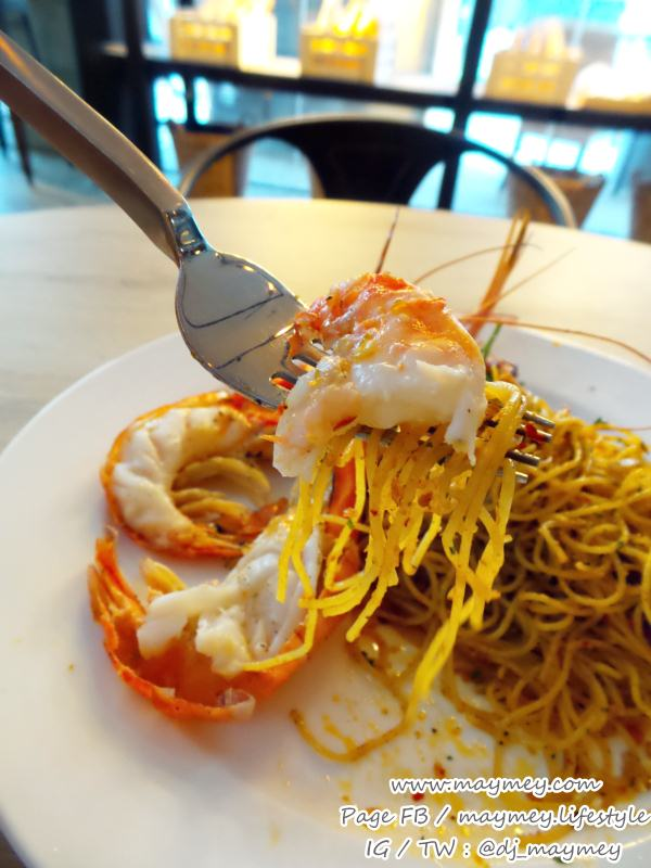 Angel-hair Chili Giant prawn