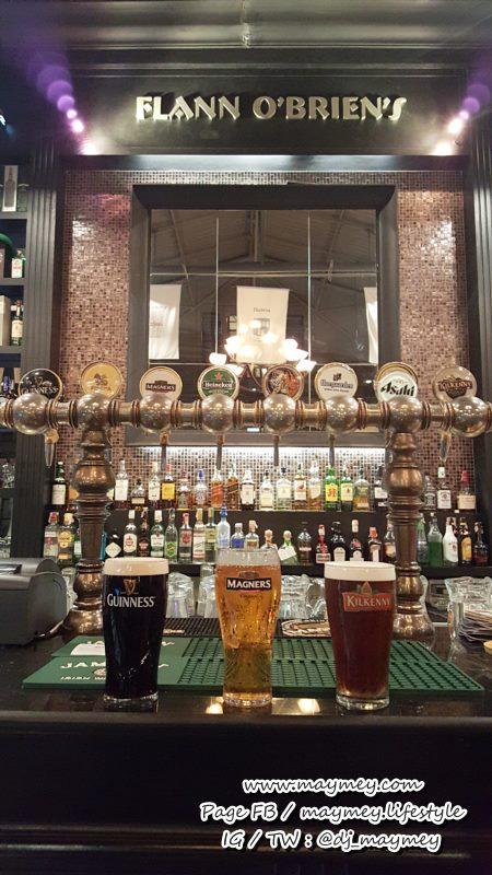 บรรยากาศร้าน Flann O'Brien's Irish Pub