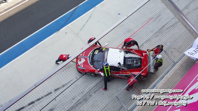 Ferrari 458 Challenge หมายเลข 89 ขับโดย คุณวรวุฒิ ภิรมย์ภักดี และ คุณกันตศักดิ์ กุศิริ