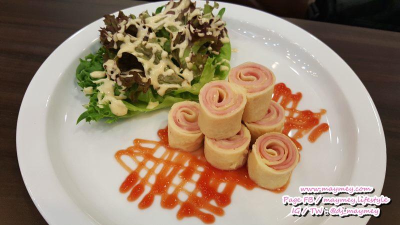 Ham and Cheese Roll Crepe (แฮม แอนด์ ชีส โรล เครป)