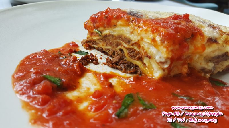 Lasagne al Forno Layers of pasta baked with slow cooked beef ragu