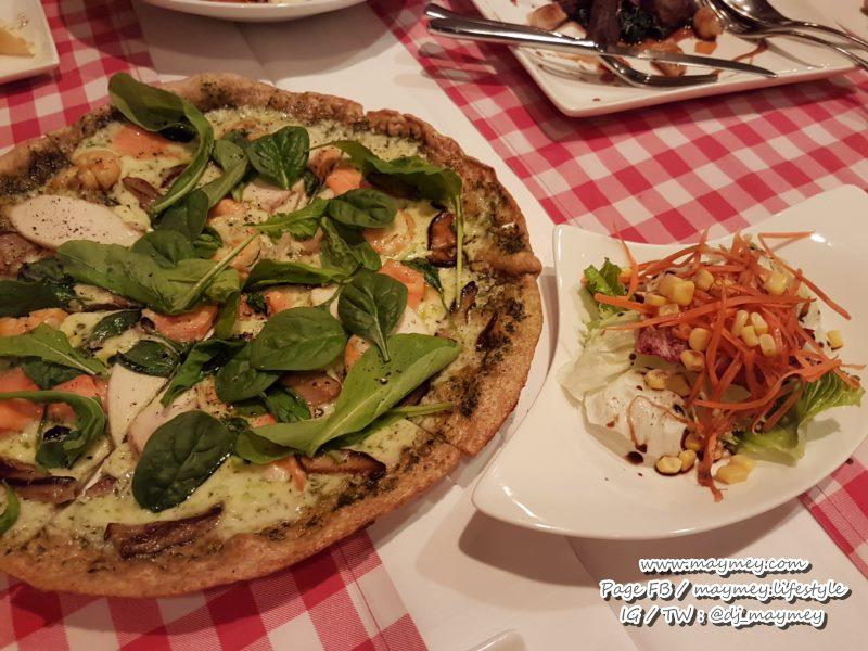 Homemade Pizza เลือกแป้ง เลือกหน้าเอง