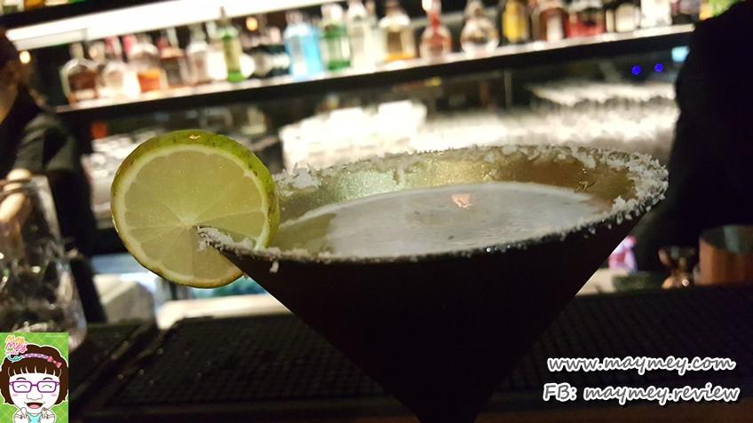 Key Lime Pie Martini (THB 280net): Smirnoff Vodka, Lime, Crumble
