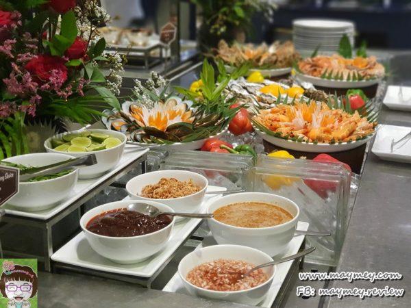 dinner-buffet-terrace72-Ramada